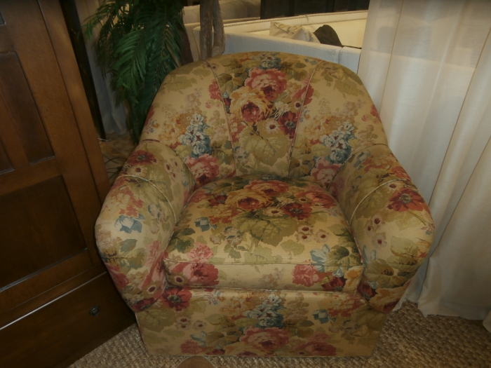Ethan Allen Floral Chair