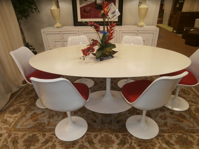 Alphaville Tulip Table Amp Chairs At The Missing Piece