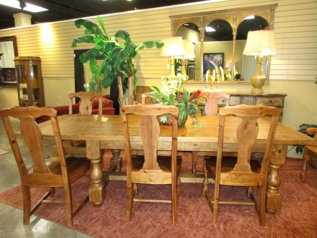 Pottery Barn Table W 8 Chairs 2lfs At The Missing Piece