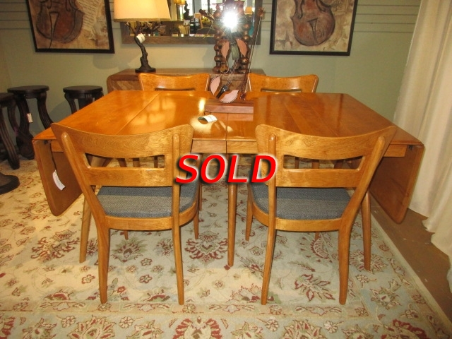 Heywood Wakefield Table W 4 Chairs At The Missing Piece