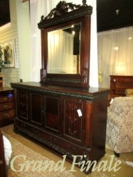 the missing piece grand finale last chance items. Black Bedroom Furniture Sets. Home Design Ideas